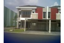 Dijual Rumah Mewah Cluster Asia Green Lake City
