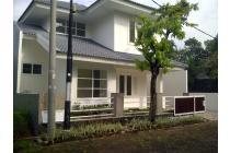 Rumah Disewakan Dalam Koplek Senayan Utama Bintaro Sektor 9