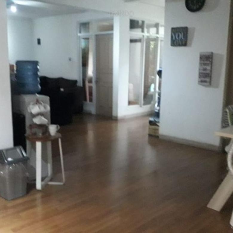 Harga Miring Rumah Pondok Indah 400 m2, Strategis