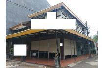 Ruko Gandeng Hook Lokasi OK Pinggir Jalan di Boulevard Raya , Bisa Nego