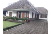 Dijual Rumah Tinggal dan Kost Tanah Luas Strategis di Dago Bdg