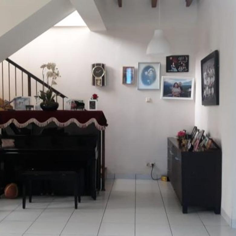 Dijual Rumah Pojokan di Dago Asri Luas Tanah 335m Harga 4m an