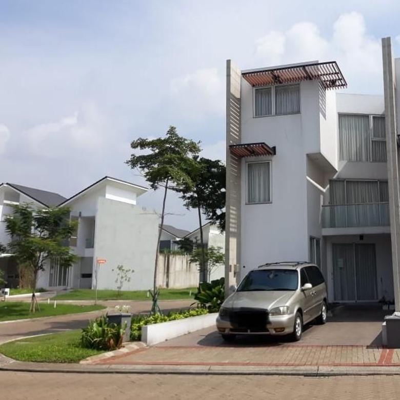 Dijual Rumah Mewah Strategis di Discovery Aluvia Bintaro