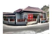 Rumah Baru Timur Jalan Kaliurang Km 9 dekat RM Tengkleng Gajah, Harga Nego
