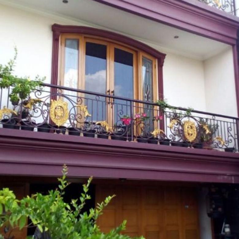 Rumah Mewah samping Tol, Curug Pondok Kelapa, Jaktim