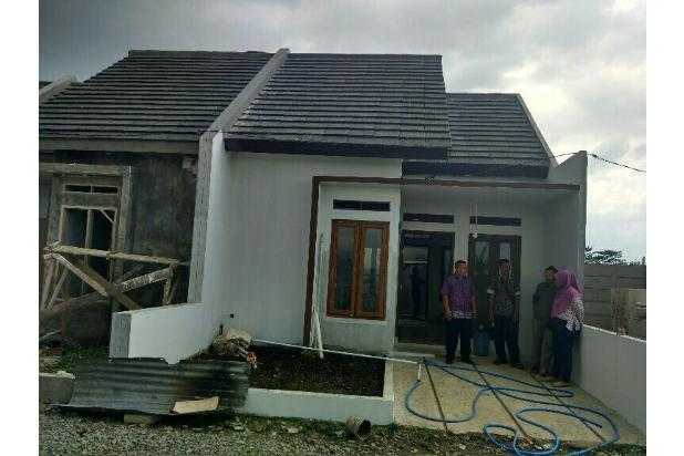 Rumah dijual Strategis dan nyaman di Bandung 22229707