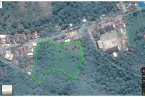 Tanah di kampung Tepi jalan raya