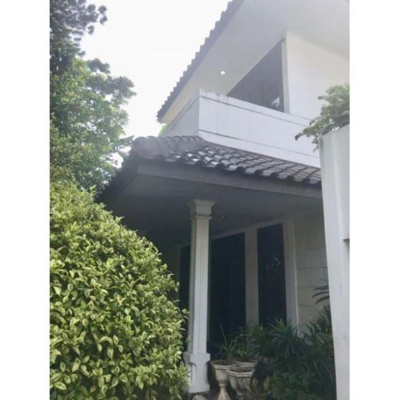 Dijual Rumah di Sekolah Duta II, Pondok Indah, Jakarta Selatan