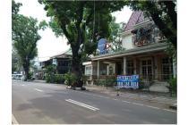 Bangunan Cafe & Kantor di Kebayoran Baru, Jakarta Selatan