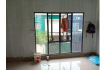 Rumah Baru 2 Lantai dengan 4 Kamar di Komplek Hankam, Joglo
