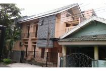 Rumah siap huni 2 Lantai semi furnish. Bintaro Jaya