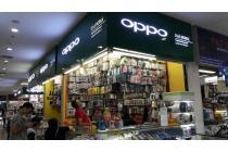 Kios e-Center Supermall Lippo Karawaci di hoek dekat kampus UPH, apartemen