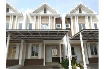 Rumah cantik lantai 2 di jakarta garden city