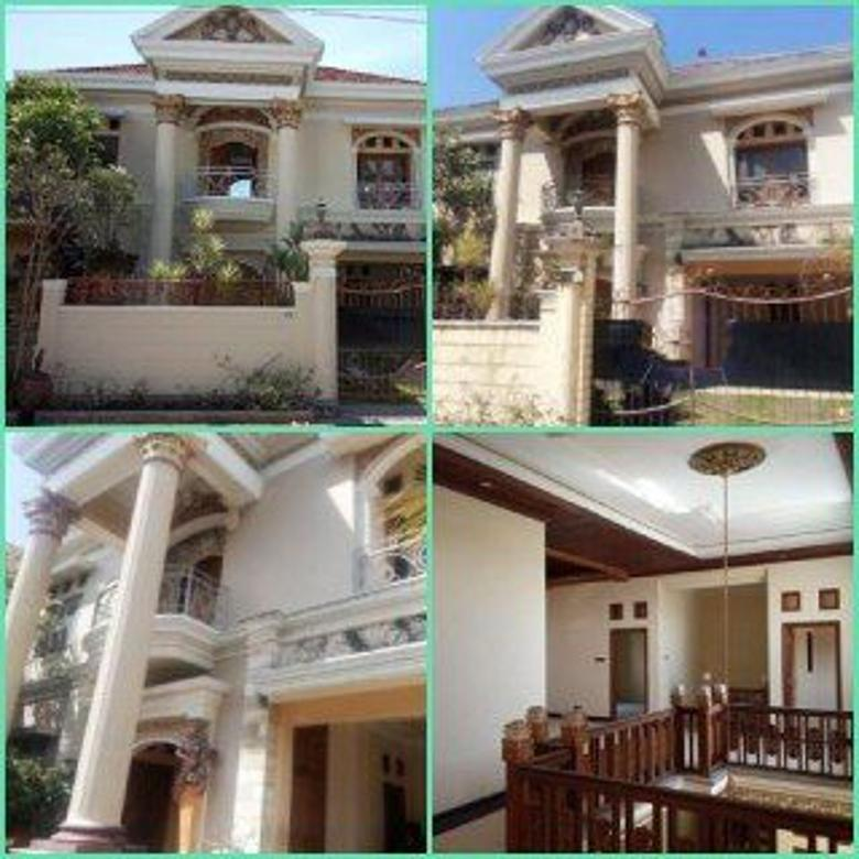 Rumah style Eropa, dijual di Noja, Denpasar Timur.