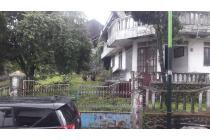 Dijual Villa Halaman Luas di Ledug, Prigen, Pasuruan