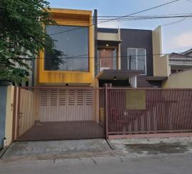 Dijual Cepat Rumah Lux Minimalis di Kav Deplu Tangerang