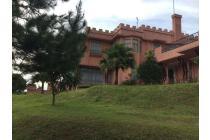 Luxury Villa di Puncak, Bogor, Jawa Barat
