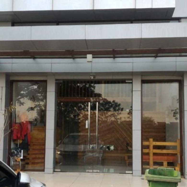Ruko 3 lantai Luas 5x17 di Avenue JGC Jakarta Garden City