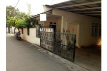 Rumah Lapang di Curug Cempaka Pondok Gede Bekasi