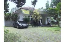 Dijual Rumah Lux dalam Komplek Elite Lembang