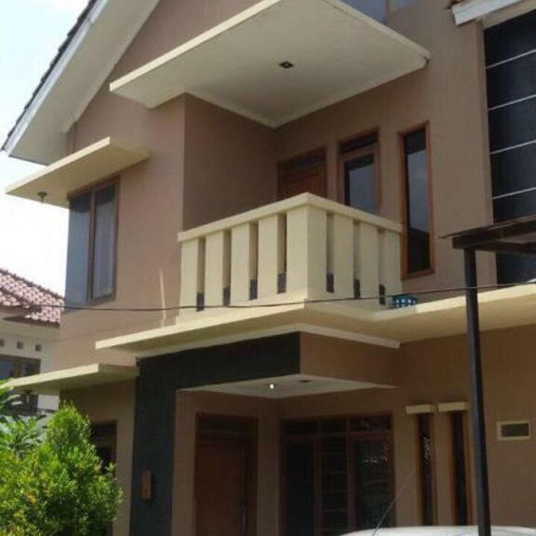 Town House 2 Lantai, Asri, Nyaman, One Gate System di CIRENDEU