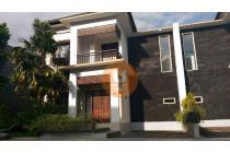 Rumah mewah kawasan villa dekat pusat Pendidikan Dalung