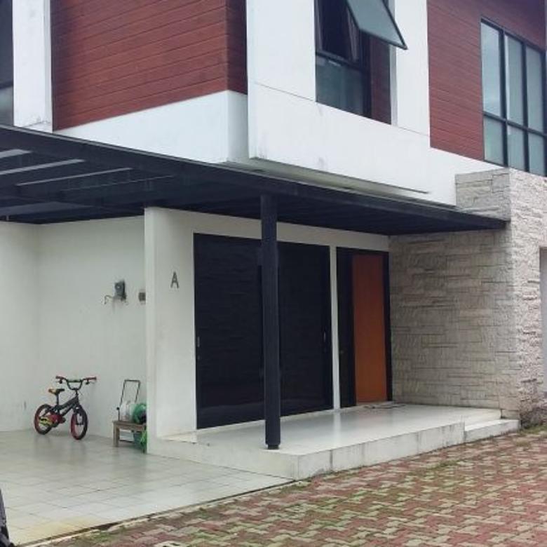 Rumah 2 Lantai Di Jual Cepat Di Kebagusan Jakarta Selatan