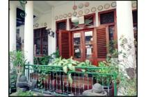 Dijual Resto + Kost 10 Kamar Strategis di Petojo Jakarta