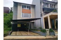villa di dago resort bandung, hanya selangkah ke mountai dago pakar