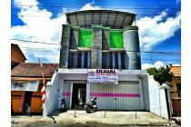 Dijual Ruko Lantai 3 dan Rumah Lantai 2 Pusat Kota Jajag Banyuwangi