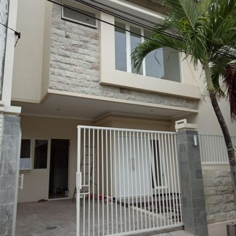 Dijual New House Manyar TirtoAsri Kamar Mandi Dalam Semua Harga Bisa Negoo