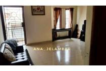Rumah cantik kondisi Bagus uk 5x11m di Jelambar