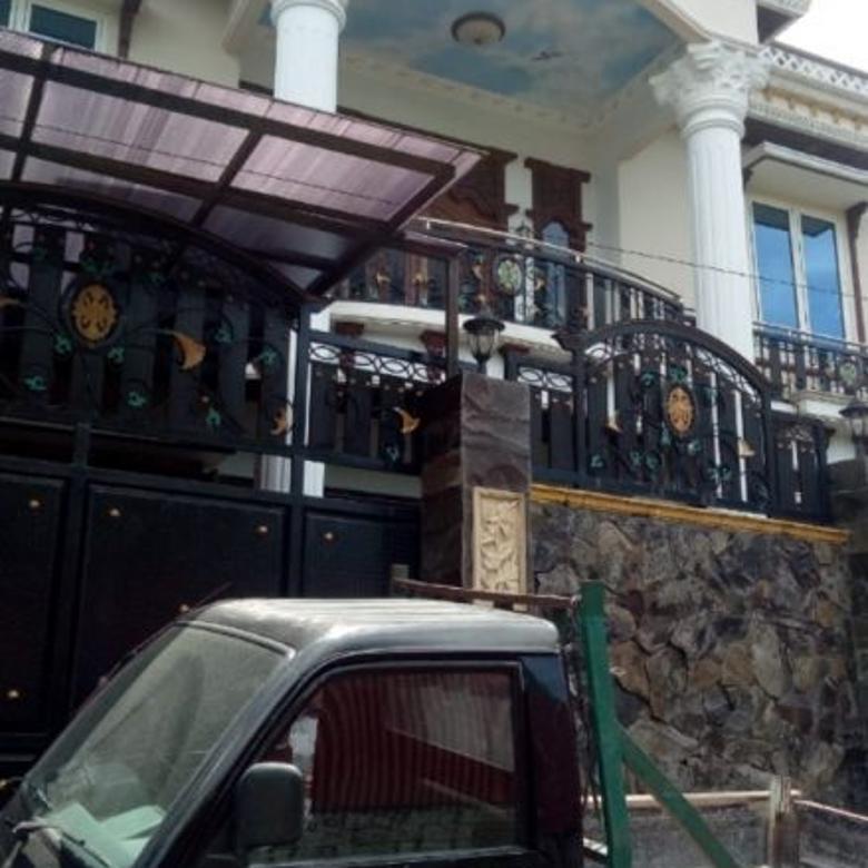 Rumah Mewah 2 Lantai Luas Tanah 195m2 Banyuanyar Solo