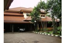 Rumah Luas nan Megah di Lenteng Agung, Jakarta Selatan