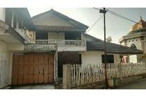 Di sewa kan /di kontrak kan Rumah Buah Batu Bandung Lokasi strategis