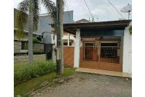 Rumah Strategis Tusuk Sate di Araya 2, Surabaya