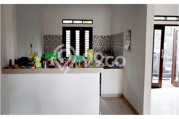 Rumah 2 Lantai 3 Kamar di Mampang Depok 9586162