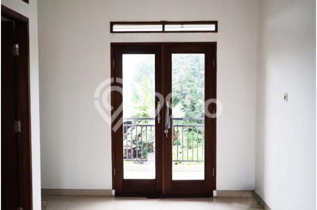 Rumah 2 Lantai 3 Kamar di Mampang Depok 9586161