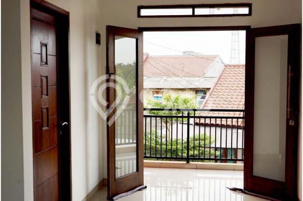 Rumah 2 Lantai 3 Kamar di Mampang Depok 9586165