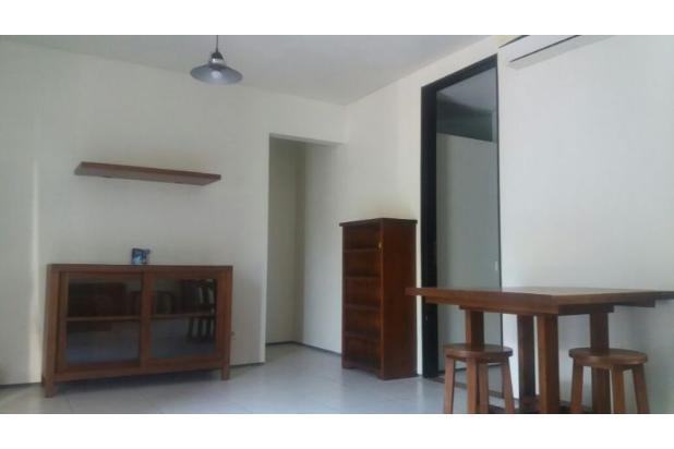 Rumah Terawat Desain Minimalis di Kuta 17824746