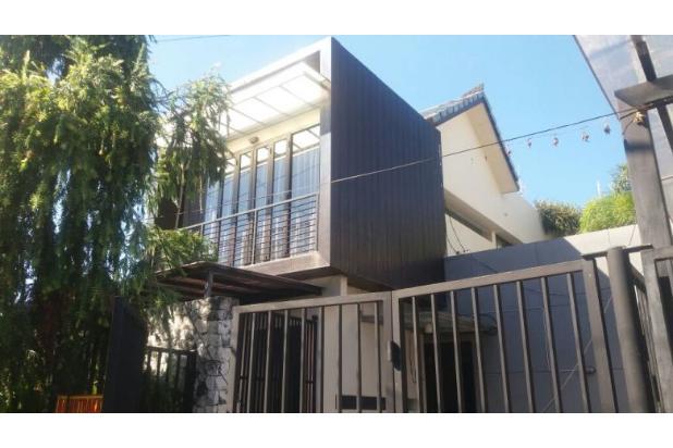 Rumah Terawat Desain Minimalis di Kuta 17824751