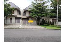 Rumah Mewah di Citra Grand Mutiara jl wates km 9 Yogyakarta