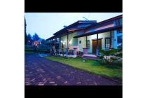 Villa Slavia 8 Istana Bunga Lembang