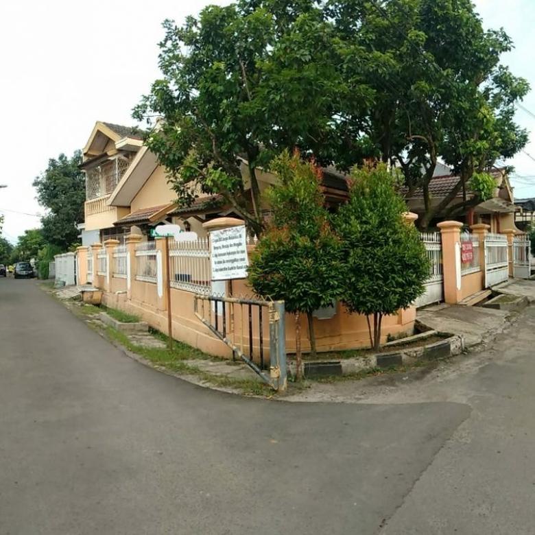 Rumah hook di Taman Cimanggu Kota Bogor