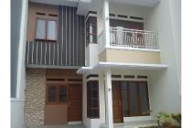 Rumah Dijual 1.450M Dekat Sekolah Alam Cipedak Jaksel