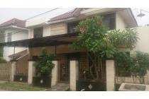 Rumah Mewah 2 lantai di Taman Griya Mulatama Pondok Cabe Cirendeu