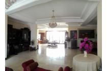 Rumah 2 Lantai Siap Huni di Pusat Kota Jl Mangunsarkoro. Menteng, Jakarta Pusat