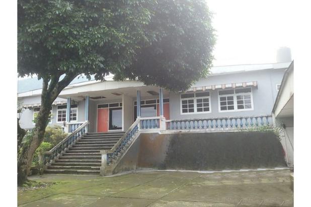 villa dekat grojogan sewu, tawangmangu