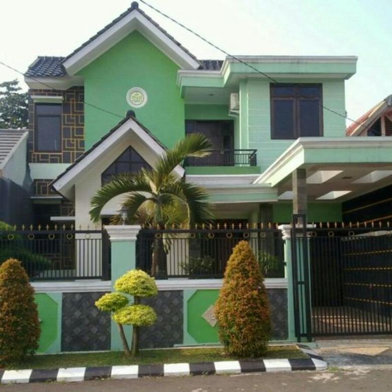Dijual rumah besar siap huni full furnished di Villa Inti Persada
