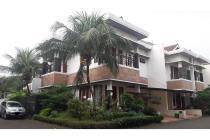 Rumah di Pejaten, Dalam Kompleks, Di Hoek, 4 KT, Full Furnished, LT 230 m2